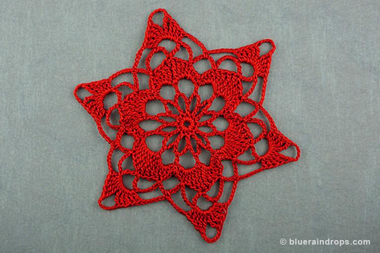 crochet Christmas snowflake motif