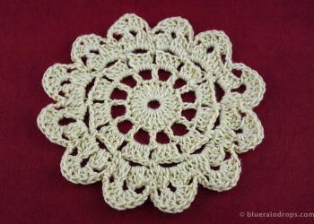 Crochet Round Petal Motif